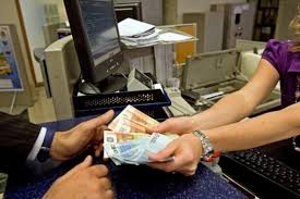 Cassiere banca - risarcimento mutui-1